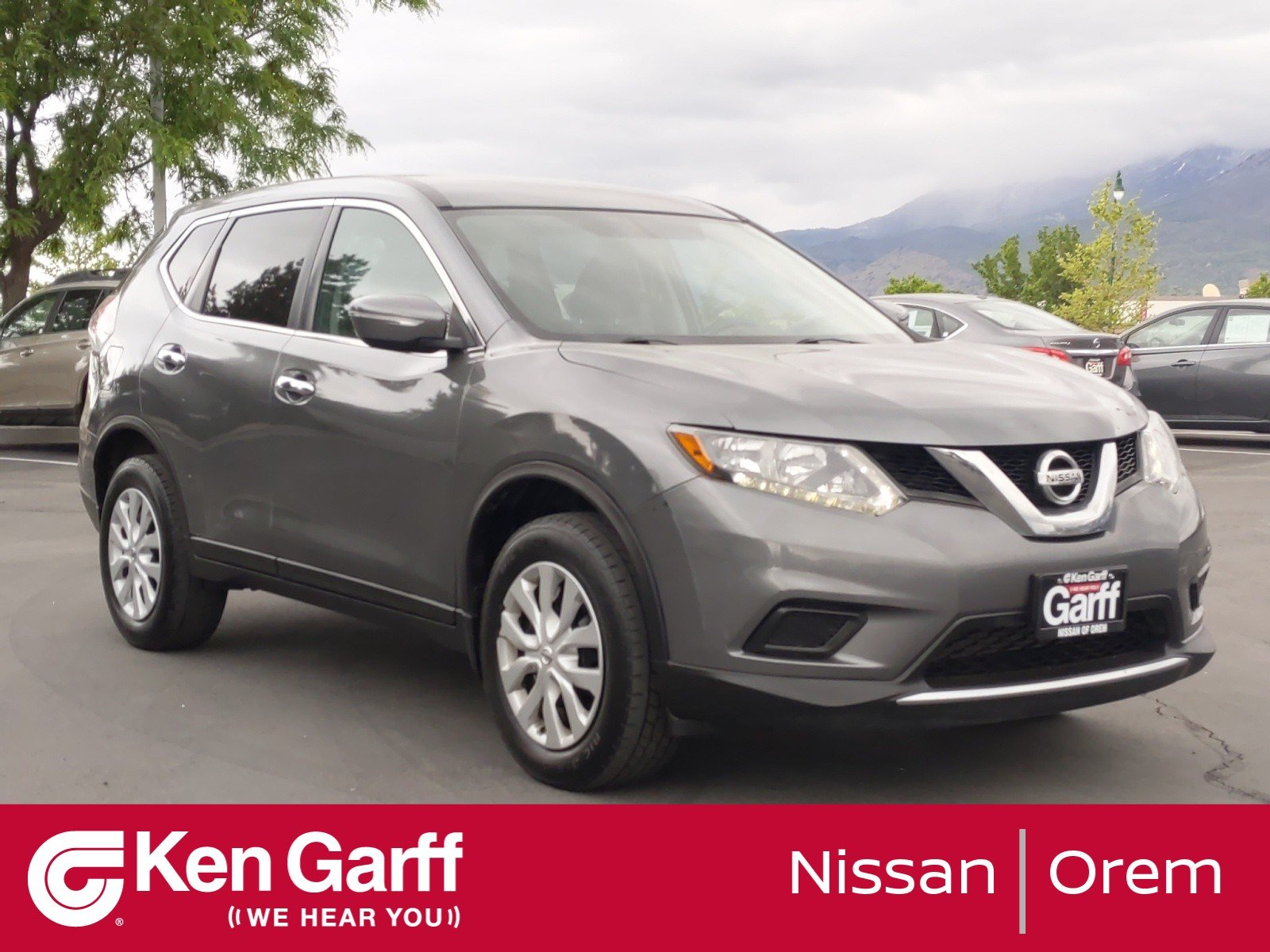 Pre-Owned 2015 Nissan Rogue S